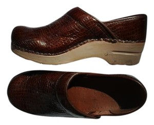 Sanita Crocodile Emboss bordeaux Mules