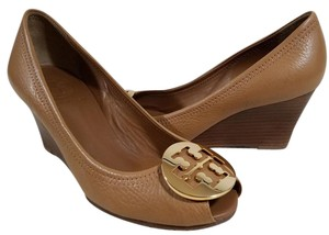 Tory Burch Tumbled Leather Tan Wedges