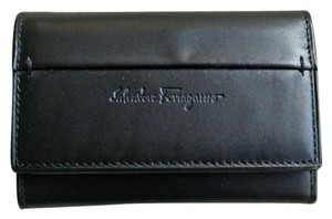 Salvatore Ferragamo Salvatore Ferragamo Black Leather Key Holder