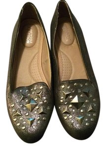 Kenneth Cole Reaction Pewter Flats