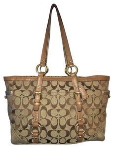 Coach Leather Classic Gold Tote in Tan