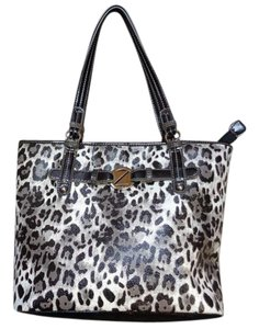 Nine & Co. & Co Animal Print Shoulder Bag