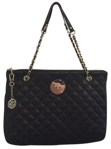 DKNY Quilted Leather Pet And Smoke Free Nappa Goldtone Shoulder Bag