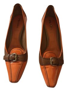 Prada Vintage orange Pumps