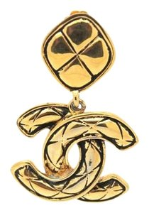 Chanel #9047 One CC quilted XL huge CC gold earring