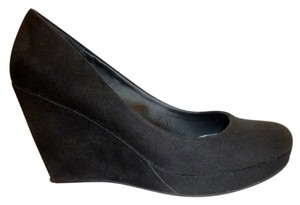 A.N.A. a new approach Wedge Micro Suede Black Pumps
