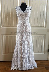 Essense Of Australia D1566 Wedding Dress
