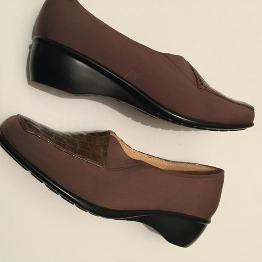 Perlina Brownish/with some green Wedges