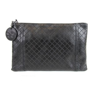 Bottega Veneta Intrecciomirage Leather Pouch Black Clutch