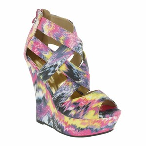 Red Circle Footwear Printed Fabric Sexy Fashionista Purple Wedges