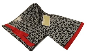 Michael Kors Signature Print Hat and Scarf Gift Set