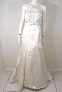 Melissa Sweet Ivory Silk Traditional Wedding Dress Size 8 (M)