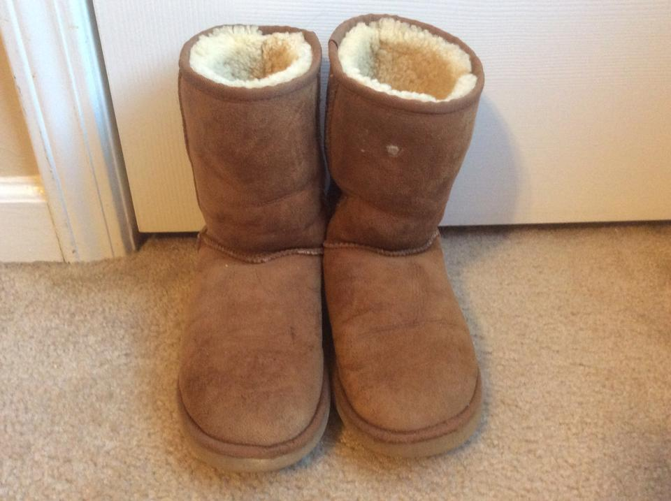 3aa6673088e UGG Australia Brown Suede Classic Short Boots/Booties Size US 7 Wide (C, D)  61% off retail