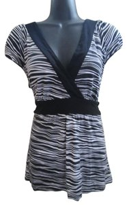 Michael Kors Knit Stretchy Casual Top Black & White