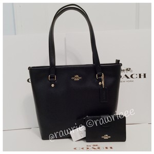 Coach Leather Gift Set Tote in black