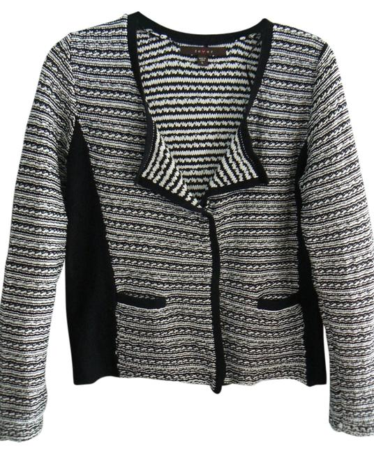 Preload https://item4.tradesy.com/images/fever-black-and-white-sweaterpullover-size-12-l-1987028-0-2.jpg?width=400&height=650