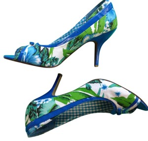 Naughty Monkey Bright blue and green Pumps