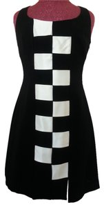 Nicole Miller Vintage Black And White Lbd Little Black Sheath Dress
