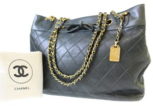 Chanel Tote in dark green