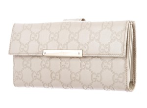 Gucci Beige Guccissima embossed leather Gucci continental wallet