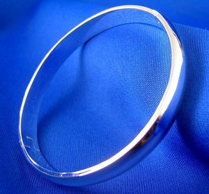 Sterling Silver Plated Hinged Bangle Bracelet Free Shipping