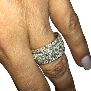 18K Ladies Band Ring Ladies Pink Diamond Ring