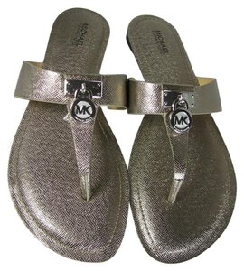 Michael Kors Metallic Flat Thong gunmetal Sandals