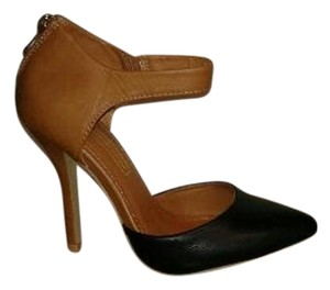 Foreign Exchange Black and Caramel brown Pumps