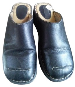 Predictions New Without Tags Leather Brown Mules