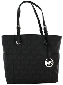 Michael Kors Satchel in Black PVC