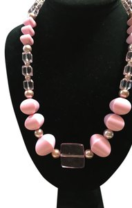 Anna's Art Handmade Pink Beads Necklace