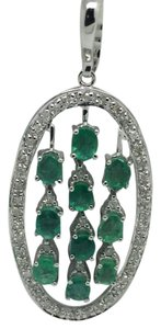 14K White Gold Diamond and Emerald Oval Shape Pendant