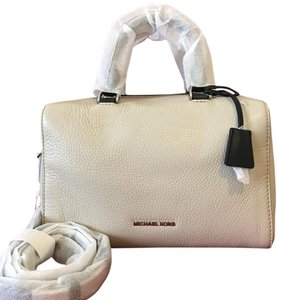 Michael Kors Satchel in Cement and Black