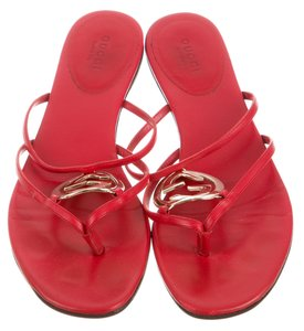 Gucci Hardware Gg Red, Gold Sandals
