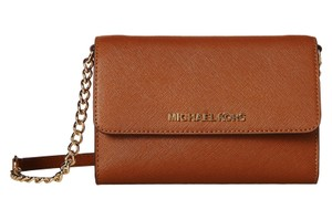 Michael Kors 32t4gtvc3l Saffiano Leather Cross Body Bag