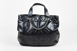Chanel Lambskin Leather Silver Metal Cc Tote in Black