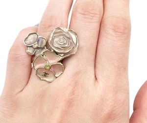 Chanel Authentic Chanel Pastel 3 Flowers Ring