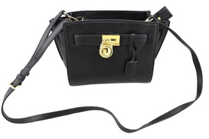 Michael Kors Hamilton Goldlock Cross Body Bag