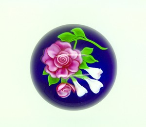 Authentic Trabucco Flower Art Glass Paperweight