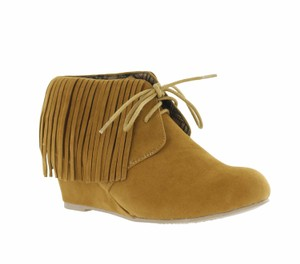 Red Circle Footwear Camel Boots