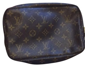Louis Vuitton Toiletry Trousse 23
