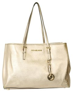 Michael Kors Jet Set Saffiano Tote in Gold