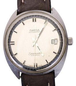 Omega Omega Automatic Seamaster Cosmic Date Quickset Wristwatch 2 tone Dial