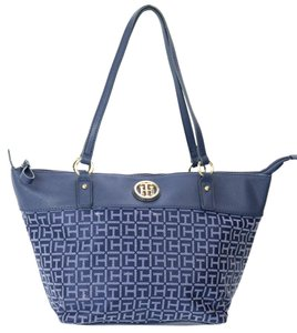 Tommy Hilfiger Jacquard Tote in Navy