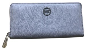 Michael Kors Fulton Zip Arround Leather Continental Wallet