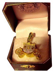 Juicy Couture NWT! JUICY COUTURE ORIGINAL BEAUTIFUL PINK PRINCESS CARRIAGE CHARM