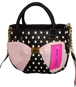 Betsey Johnson Cross Body Pink Bow Satchel in BLACK