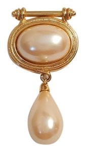 Vintage Faux Pearl Military Style Medallion Drop Brooch Vintage Faux Pearl Military Style Medallion Drop Brooch