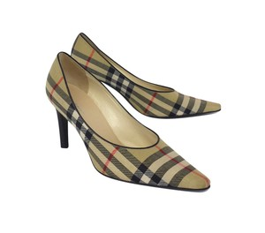Burberry Tan Plaid Pointed Toe Pumps