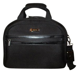 Kenneth Cole Reaction Carry On black Travel Bag